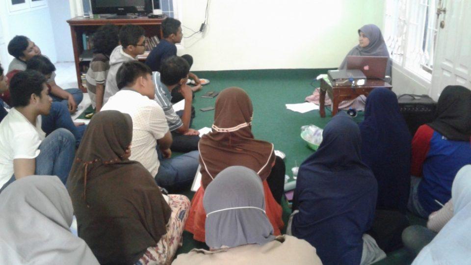 beasiswa-aktivis-peneleh-training