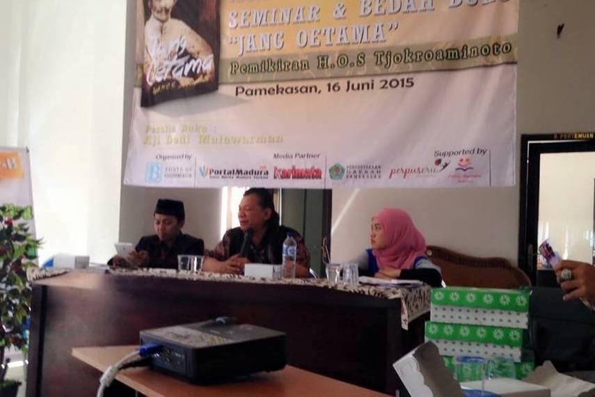 pamekasan-madura-roadshow-rumah-peneleh-jang-oetama-hos-tjokroaminoto-syarikat-islam-pergerakan-nusantara-perjuangan-diskusi-bedah-buku-aji-dedi-mulawarman